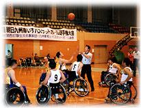 写真 車椅子バスケットボール